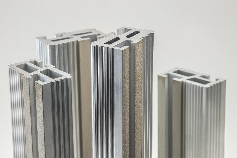 SMART ENERGY-BASIC <br>Profilés en aluminium anodisé extrudé jusqu'à 1600A